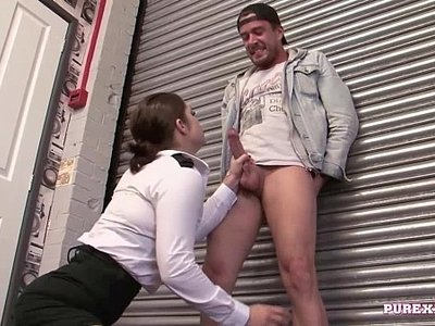 busty  fuck  officer  woman