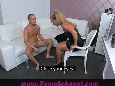 agent  caught  woman