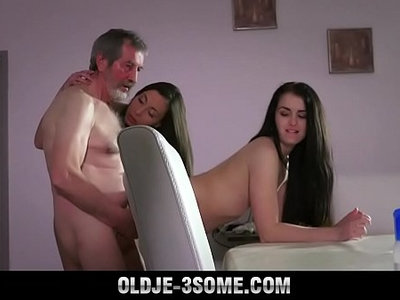 3some  blowjob  cum  fuck  old and young  sensual